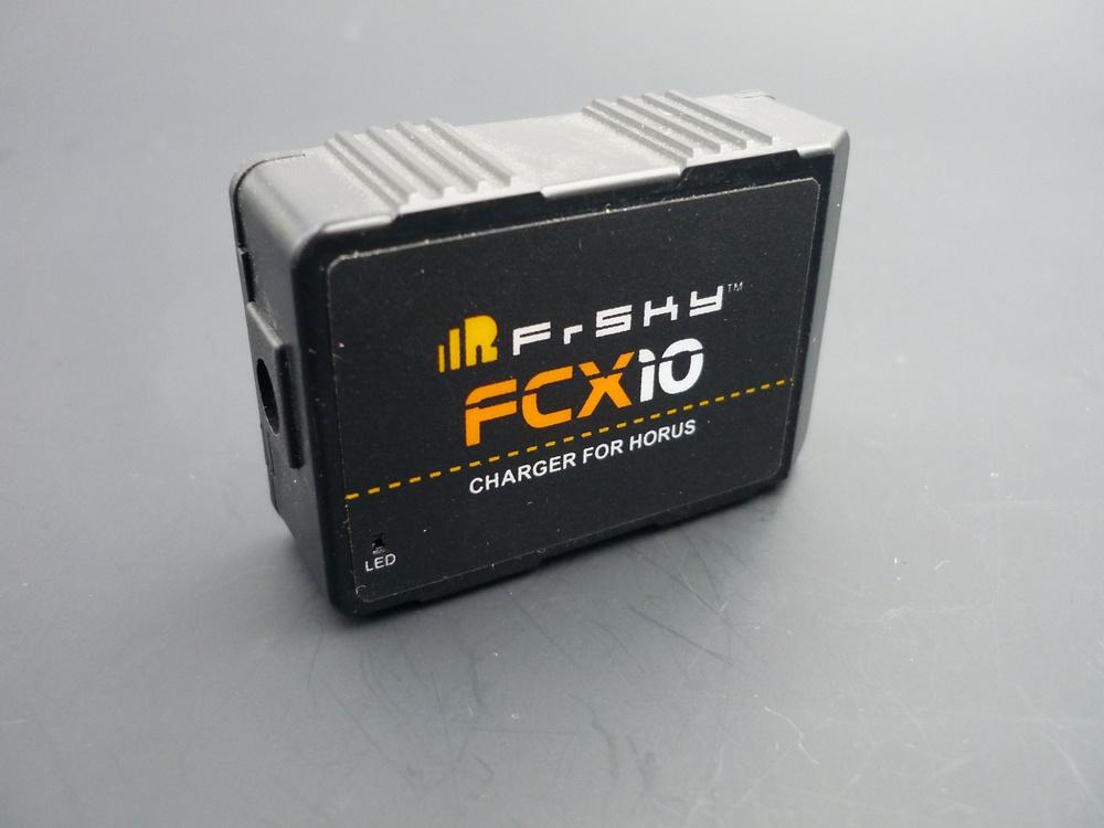 Horus X10/X10S Ladegerät FCX10 Dual Mode Li/NiMH