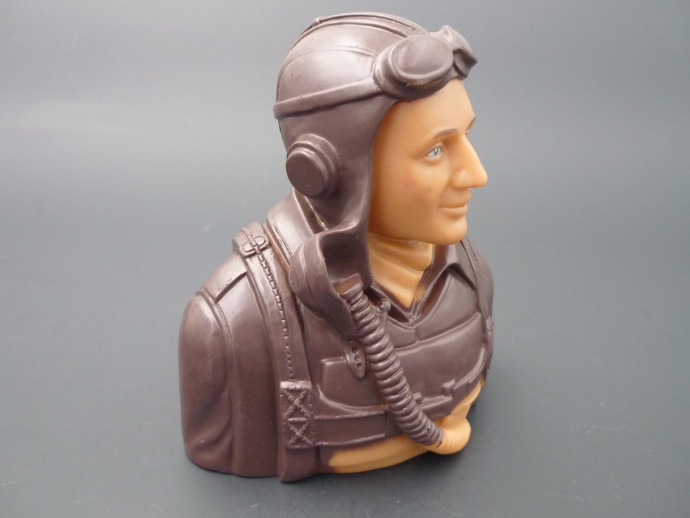 bust pilot WWII 1/5 America, prime paint