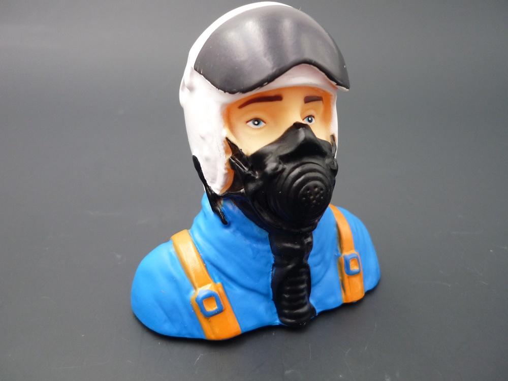 1/7 bust Jet pilots white/blue