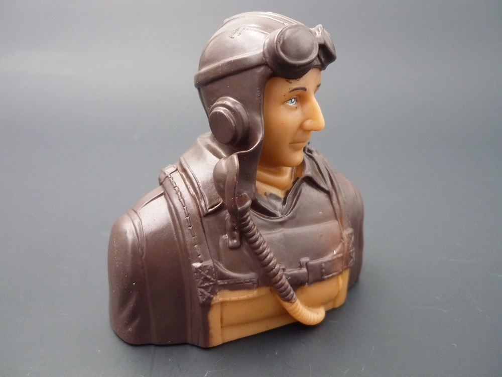bust pilot WWII 1/6 America, prime paint