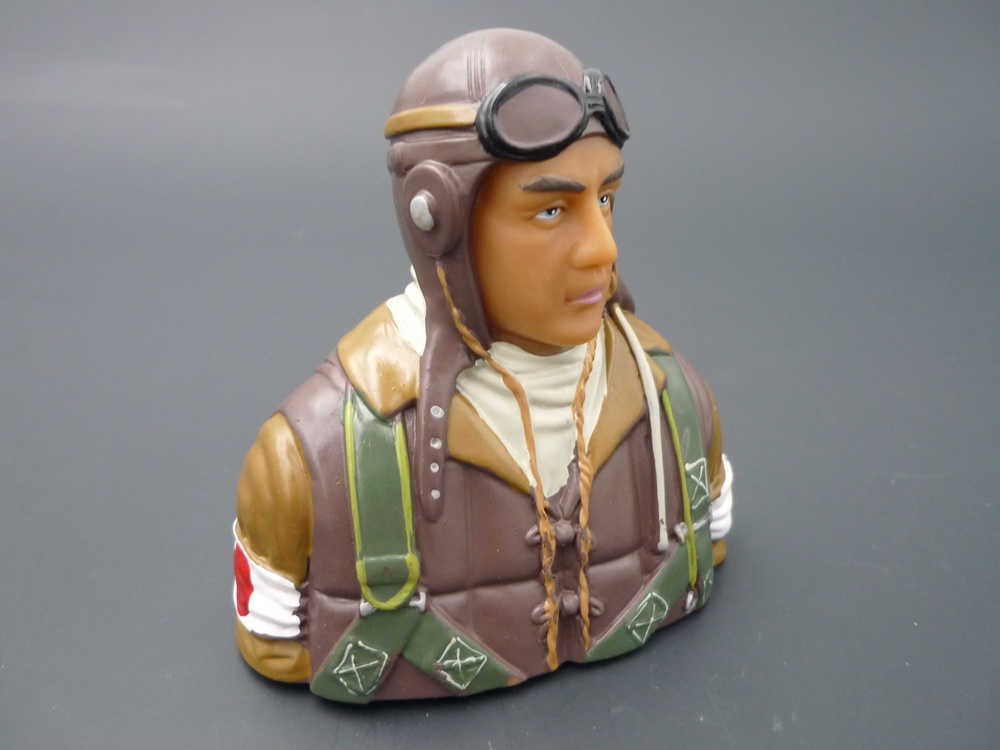 bust pilot WWII 1/6 Japanese, painted