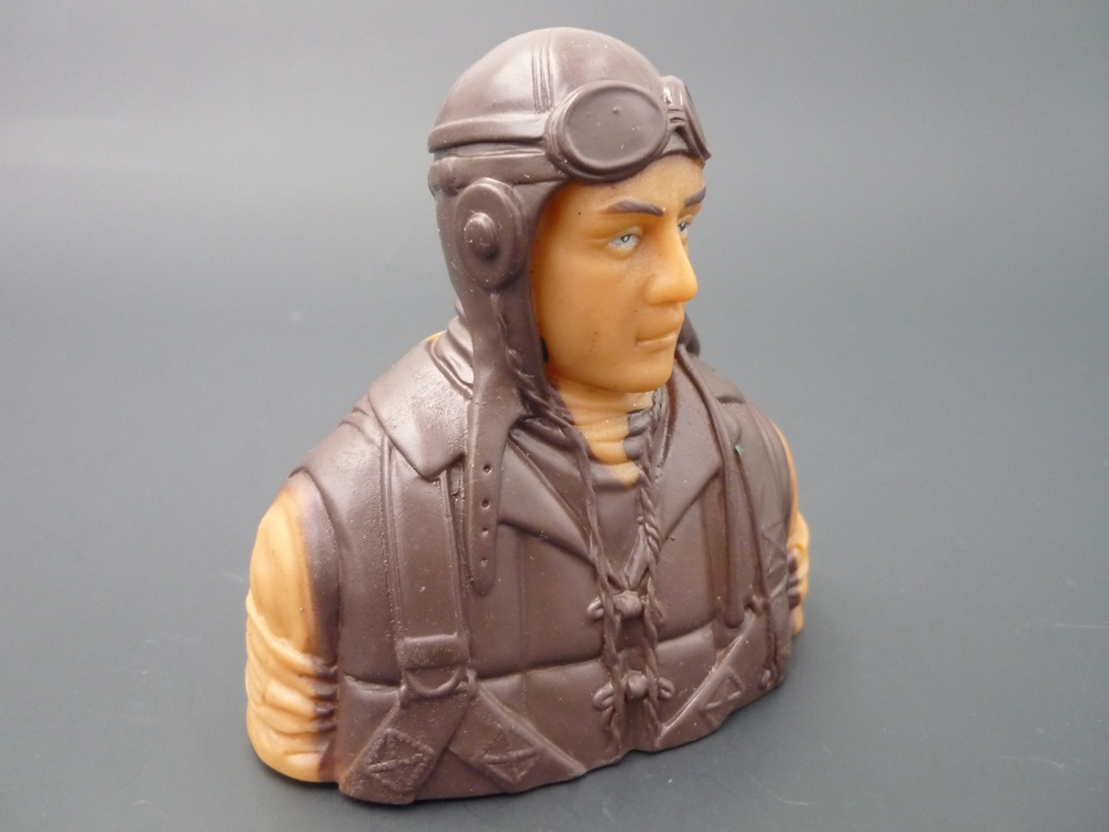 bust pilots WWII 1/6  Japanese, prime paint