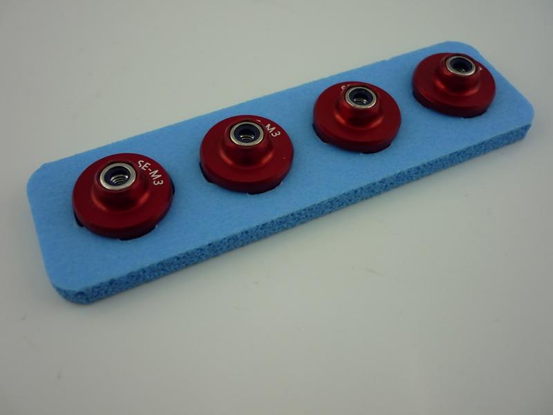 Alu-Einschlagmuttern M3, rot