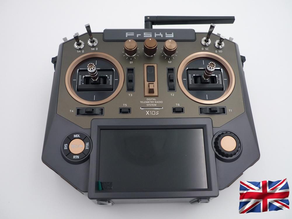 Horus X10S EU/LBT Amber FrSky Senderset mit EVA-Bag