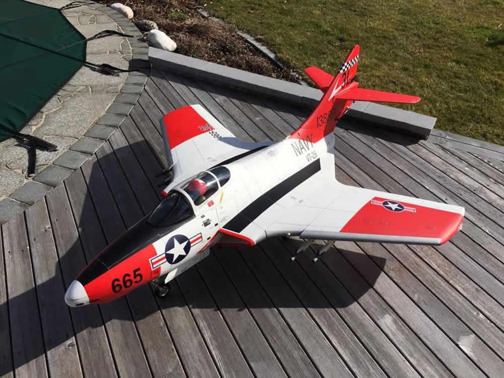 TopRC F9F Cougar A Version 61,5 ARF